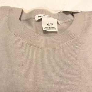 Club Monaco Wool Light Sweater (XS) Color Lavender
